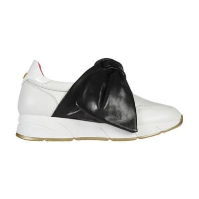 Кожаные белые кроссовки BLUMARINE (ITALY)